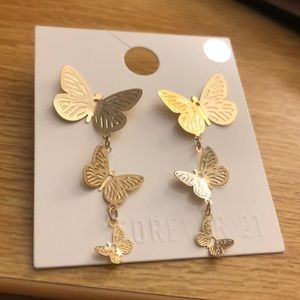 NEW Forever 21 Gold Butterfly Dangle Earrings